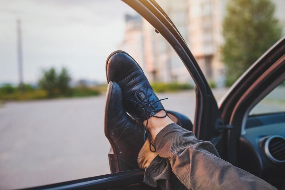 Miért vállalunk több kockázatot, amikor fáradtan vezetünk?